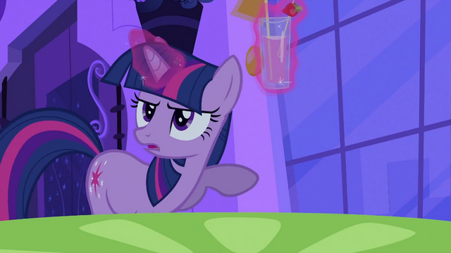 File:Twilight with a glass of drink S2E25.png