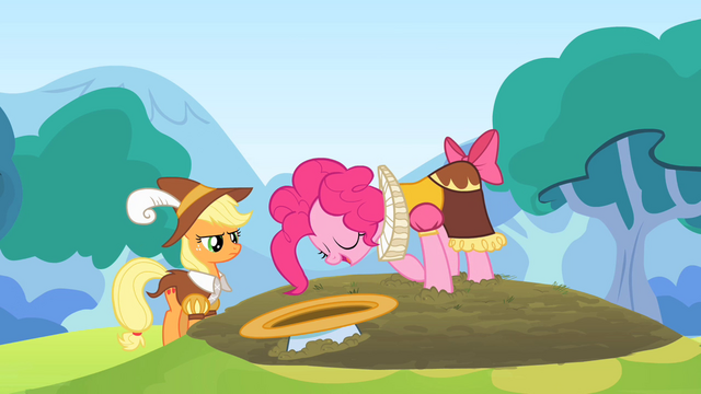 File:Pinkie Pie bow S2E11.png
