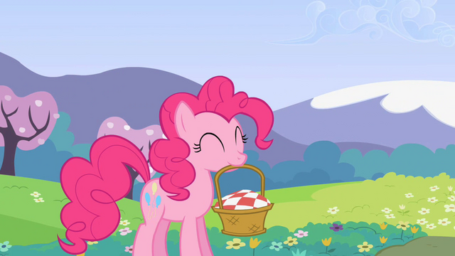 File:Pinkie Pie carrying a basket S2E03.png