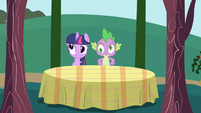 Twilight and Spike dazed S1E01