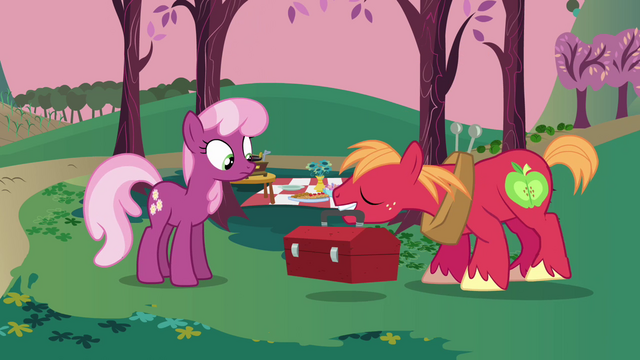 File:Big Mac arrives S2E17.png