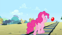 Pinkie Pie trotting towards the balloon S4E11