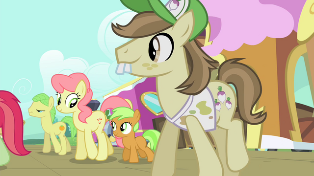 File:Ponies walking S4E13.png