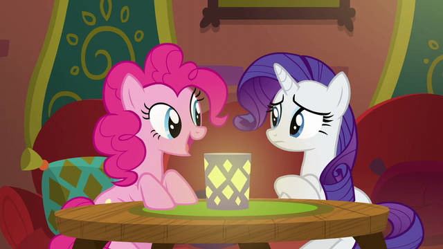 "File:Pinkie Pie ""it smells open"" S6E12.png"