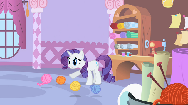 File:Rarity is worried S1E17.png