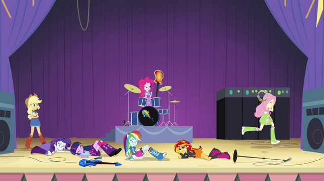File:Fluttershy runs off-stage in shame EG2.png