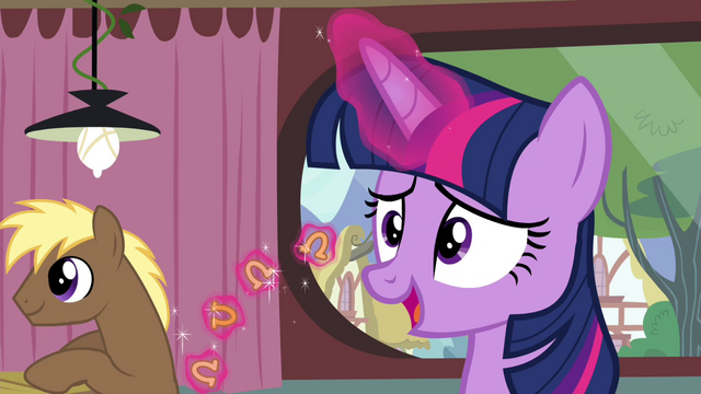 File:Twilight levitating horseshoe-shaped foods S4E15.png