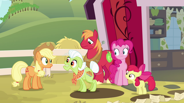 File:Granny Smith mentions Goldie Delicious S4E09.png
