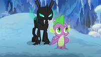 Thorax appears behind Spike S6E16