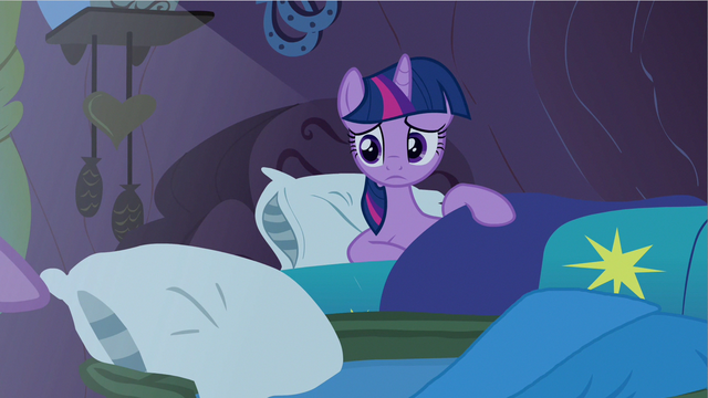 File:Twilight looks sad S2E21.png