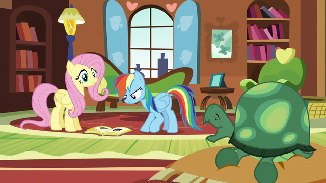 File:Fluttershy sees Tank yawning S5E5.png