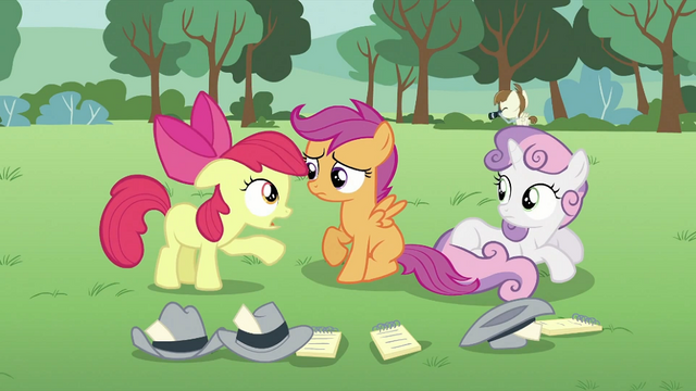 File:Apple Bloom talking to Scootaloo S2E23.png