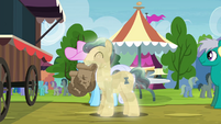 Ivory and Shoeshine with paper bags S4E22
