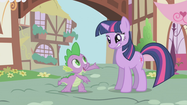 File:Twilight with an awkward smile S1E6.png