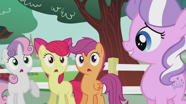 File:Diamond accepts the CMC as friends S5E18.png