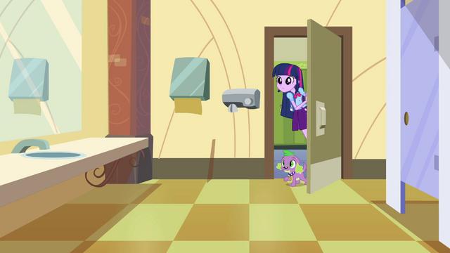 File:Twilight enters the student restroom EG.png