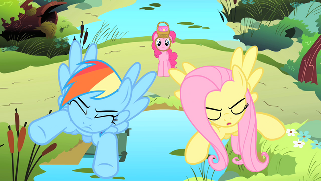 "File:Pinkie Pie ""Wait!"" S1E25.png"