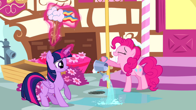 File:Pinkie Pie grinning S4E12.png