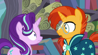 Starlight and Sunburst looks at each other S6E2