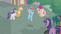 Rainbow Dash gets scared S1E07