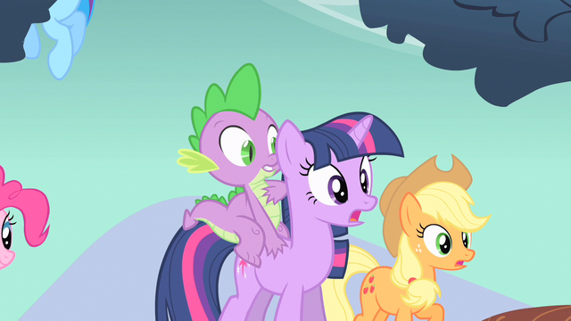 File:Twilight & Applejack gasp S1E19.png