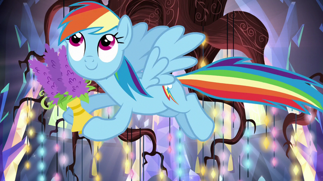 File:Rainbow helps decorate the castle S5E19.png
