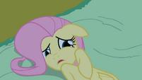 Fluttershy looks at Princess Luna in fear S2E04
