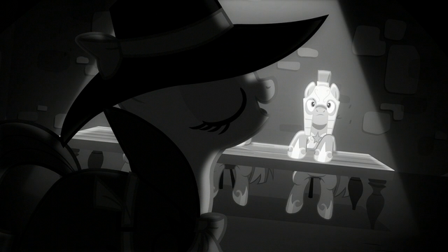 File:Rarity wants to ask some questions S5E15.png