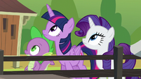 Twilight, Rarity, and Spike looking up S6E10