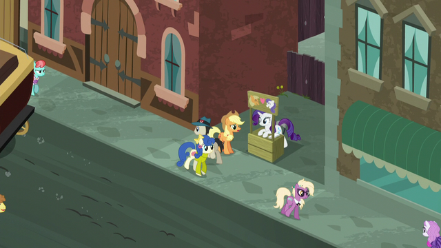 File:Applejack and Rarity on a Manehattan street corner S5E16.png