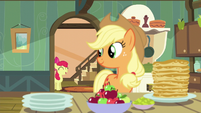 Applejack listens to Apple Bloom S5E04