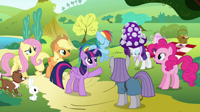 File:Twilight introduces Rarity to Maud S4E18.png