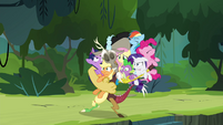 Discord drags Mane 6 and Spike into a group hug S4E25