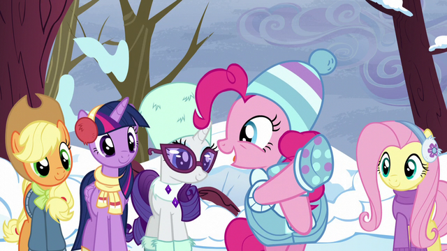 "File:Pinkie Pie ""she's using the word!"" S5E5.png"