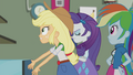 Applejack reasoning with the Flim Flam Brothers EG2.png