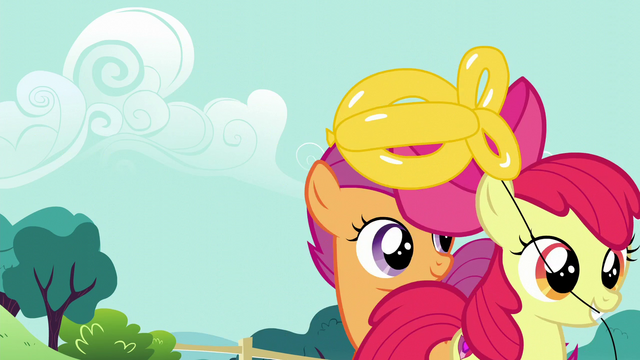 File:Apple Bloom takes her balloon goldfish S5E19.png