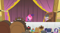 Pinkie Pie taking a bow S1E21