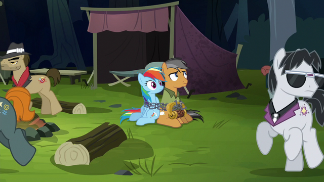 File:Henchponies search for Daring Do S6E13.png