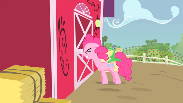 File:Pinkie Pie banging her head against the door S1E25.png
