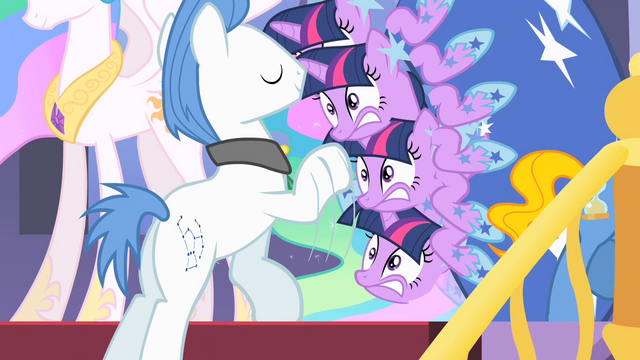 File:Twilight shaking S01E26.png