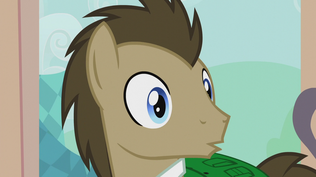 File:Dr. Hooves notices someone S5E9.png