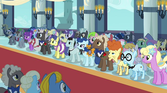 File:Pony crowd wedding S2E26.png