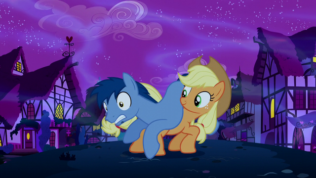 File:Applejack saves Noteworthy S5E13.png