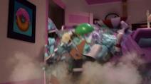 Mountain of stuff falls on top of Pinkie (version 2) EGM1