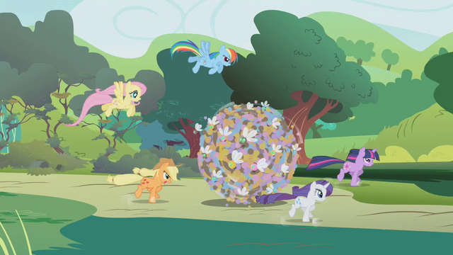 File:Applejack, Rarity, Twilight, Fluttershy and Rainbow rolling a ball of parasprites S01E10.png