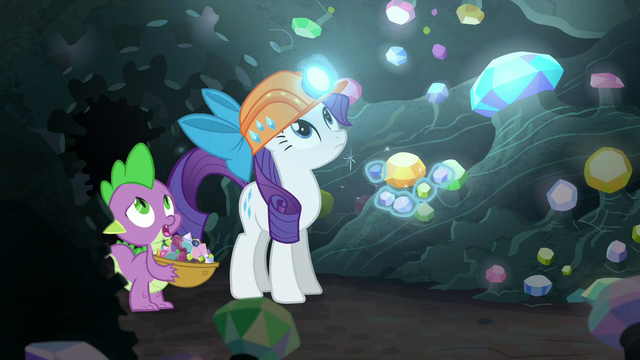 File:Rarity and Spike look above S6E5.png