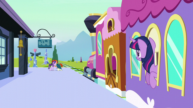 File:Twilight looks at Starlight and Sunburst S6E2.png