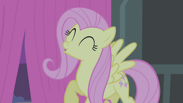 File:Fluttershy sing S4E14.png