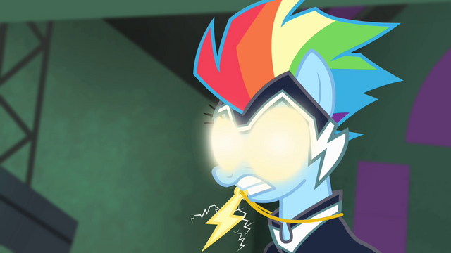 File:Rainbow Dash with glowing eyes S4E06.png