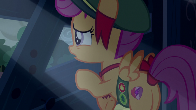 File:Scootaloo looking outside the barn S6E15.png
